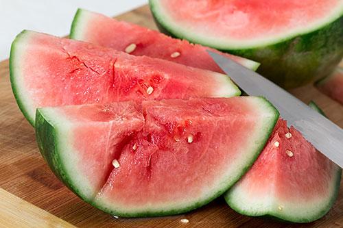 Wassermelone Mit Der Prall Gefullten Wunderkugel Abnehmen